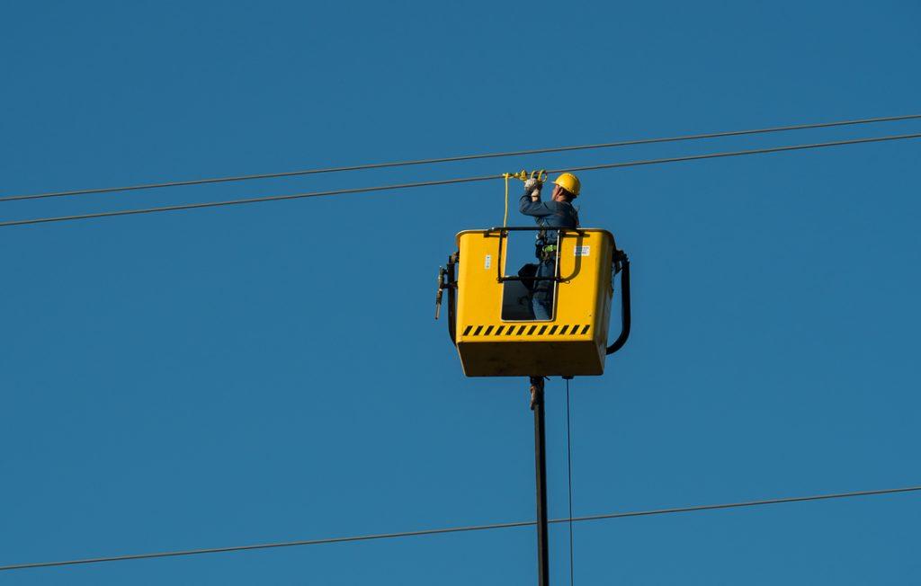 electricians-cables-hv-1836185-e1605633339725-1024x652